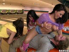 Amazing babes Rachel Starr, Diamond Kitty, Alexis Fawx and Brandy Aniston having orgy