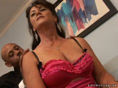 Old flabby hoe De Bella gets pleased by her black servant