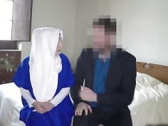 Reverse cowgirl style with Arab slut in hotel room