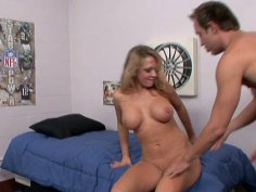 Blonde babe Nikki Sexx gives blowjob and gets poked